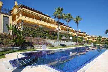 Exclusive Apartment in Condado de Sierra Blanca